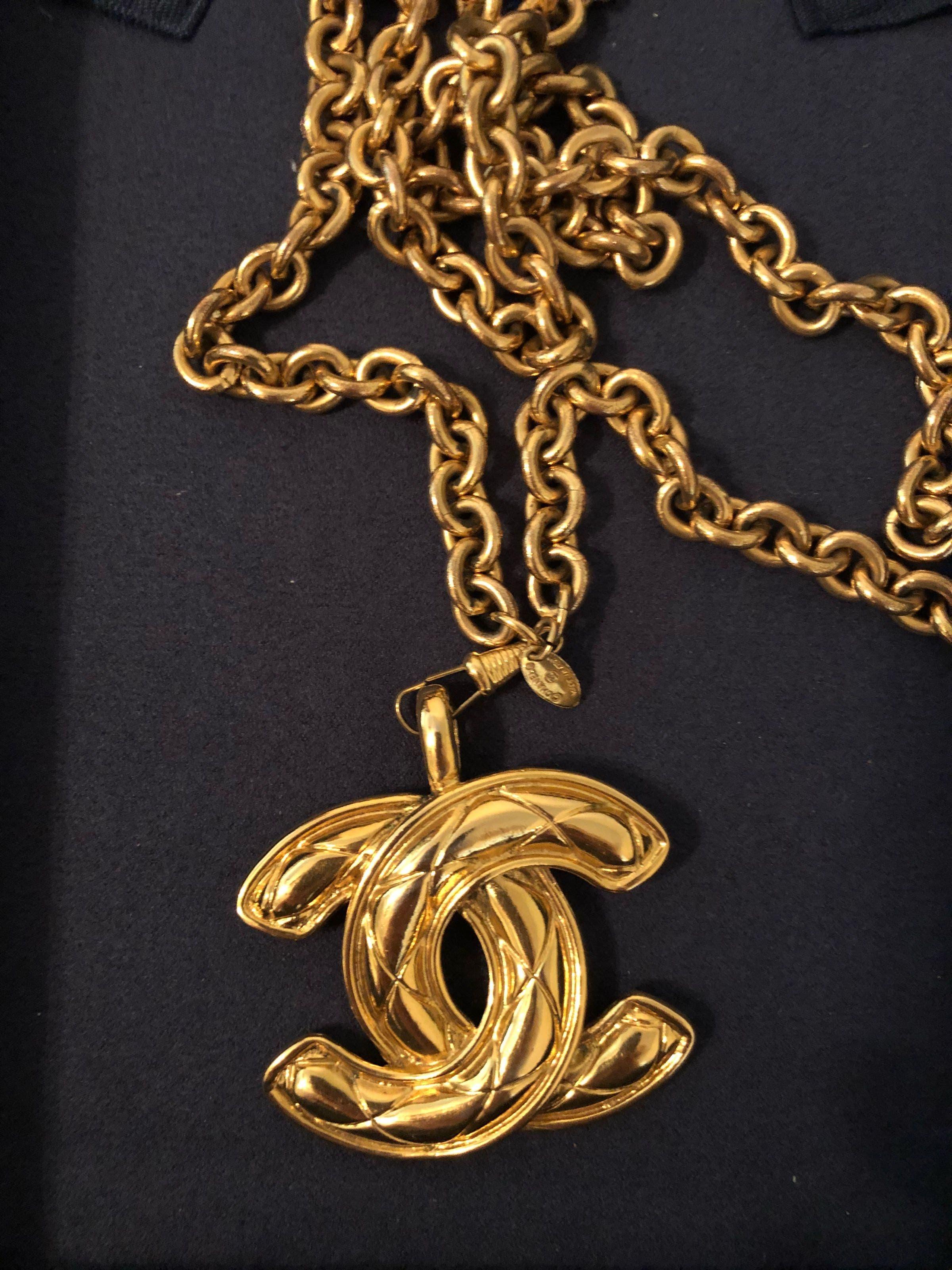 c6e881dec7aa Vintage Chanel CC Pendant Necklace by WGACA Vintage for  200